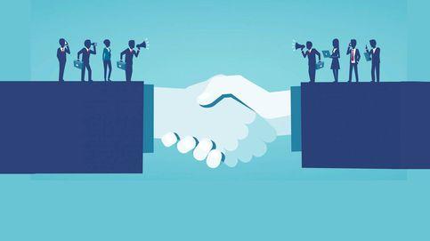 La banca aguarda a dos sentencias para activar sus planes de fusiones y dividendos