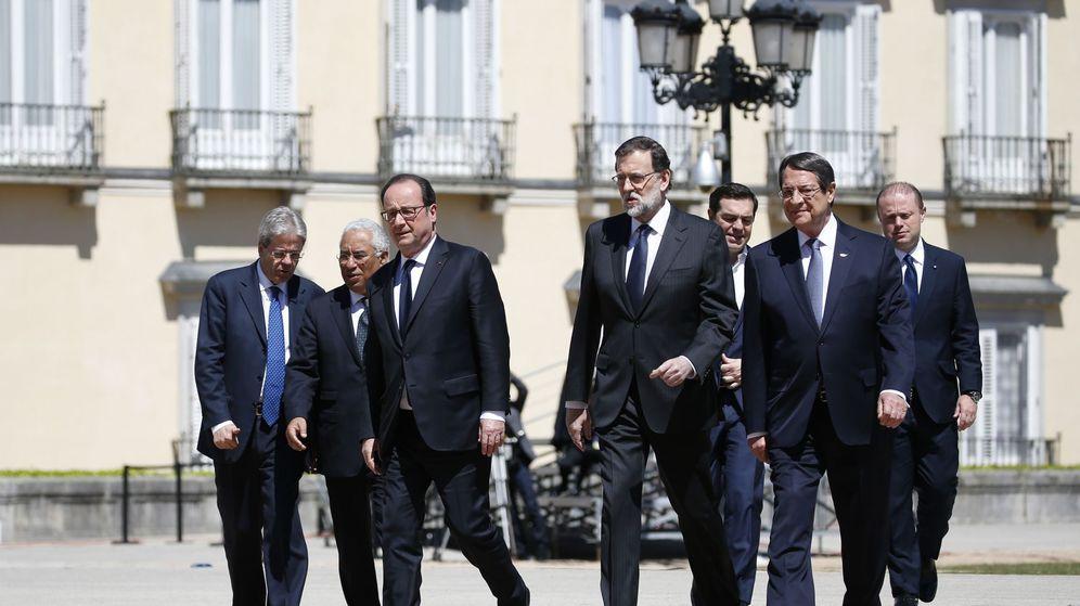 Foto: Los siete líderes del sur de Europa, encabezados por Rajoy. (Reuters)