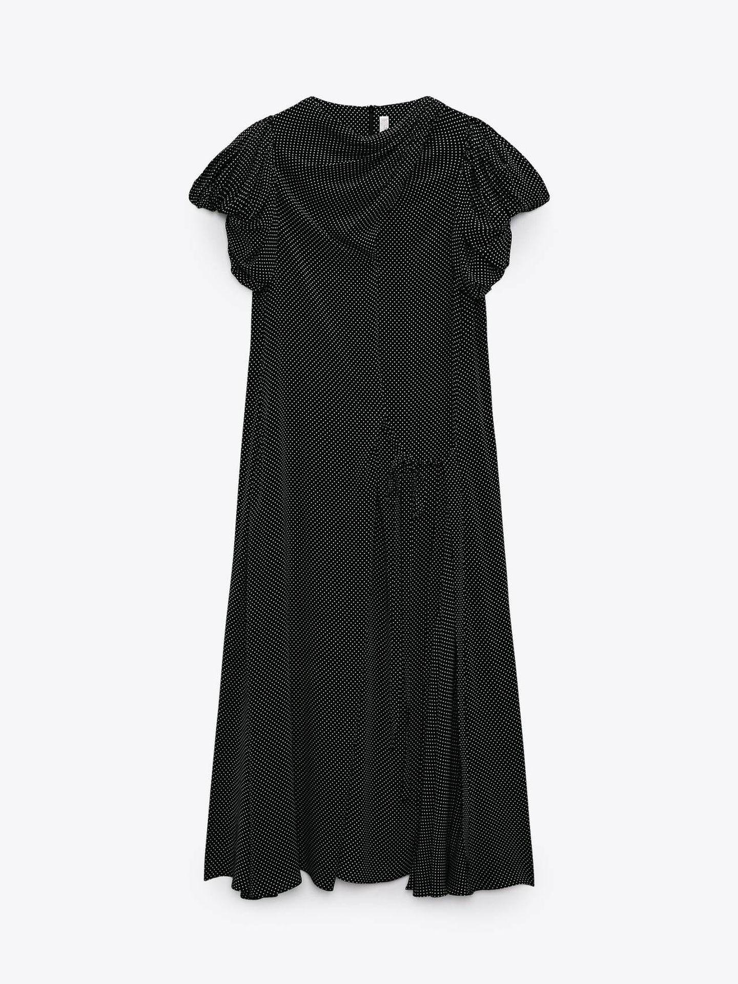 Vestido drapeado de lunares de Zara. (Cortesía)