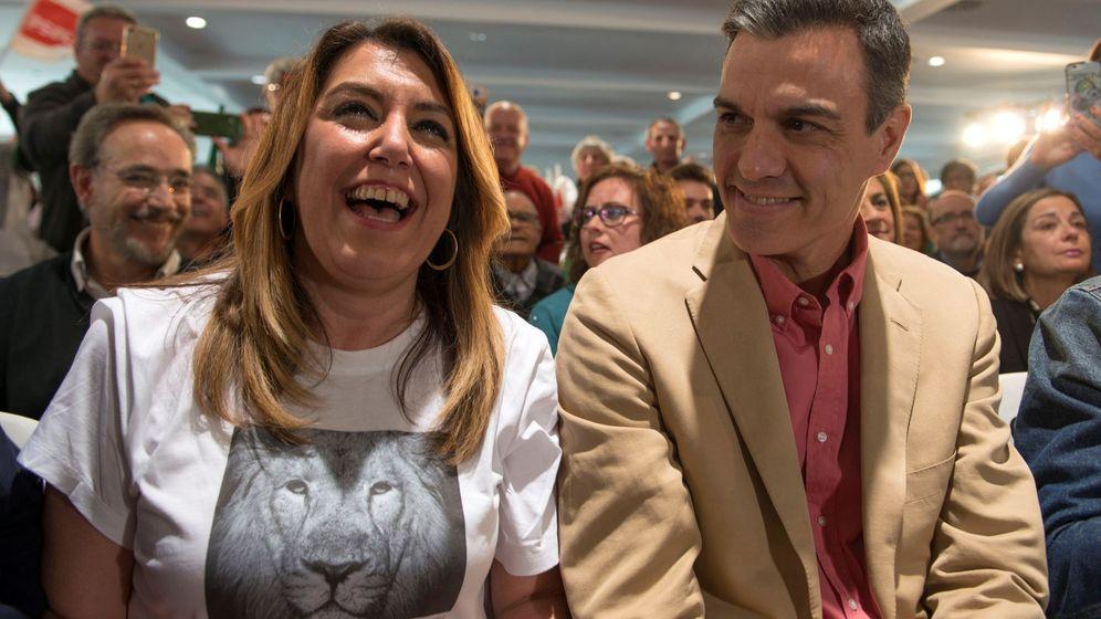 Foto: Susana Díaz y Pedro Sánchez, en un mitin en Jaén el pasado mes de marzo. (EFE)