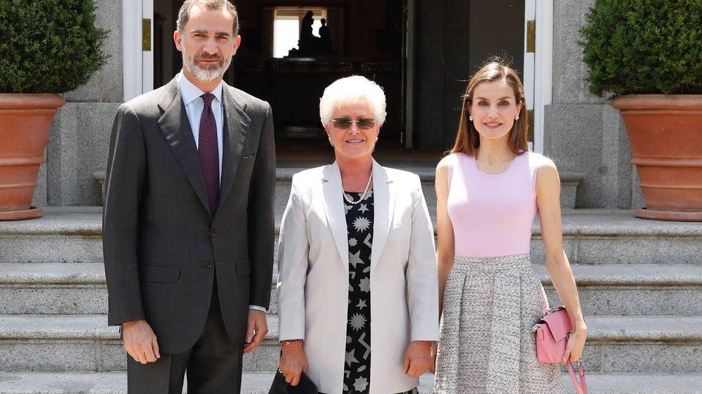 Foto: Los Reyes junto a la princesa Muna de Jordania. (Casa Real)