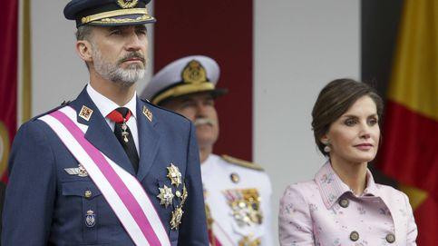 Felipe y Letizia reaparecen el Día de las Fuerzas Armadas tras su 'separación' forzosa