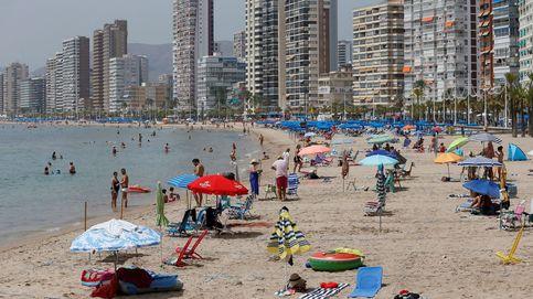 De 16.000 a 8.000: la venta de casas a extranjeros se hunde entre abril y junio