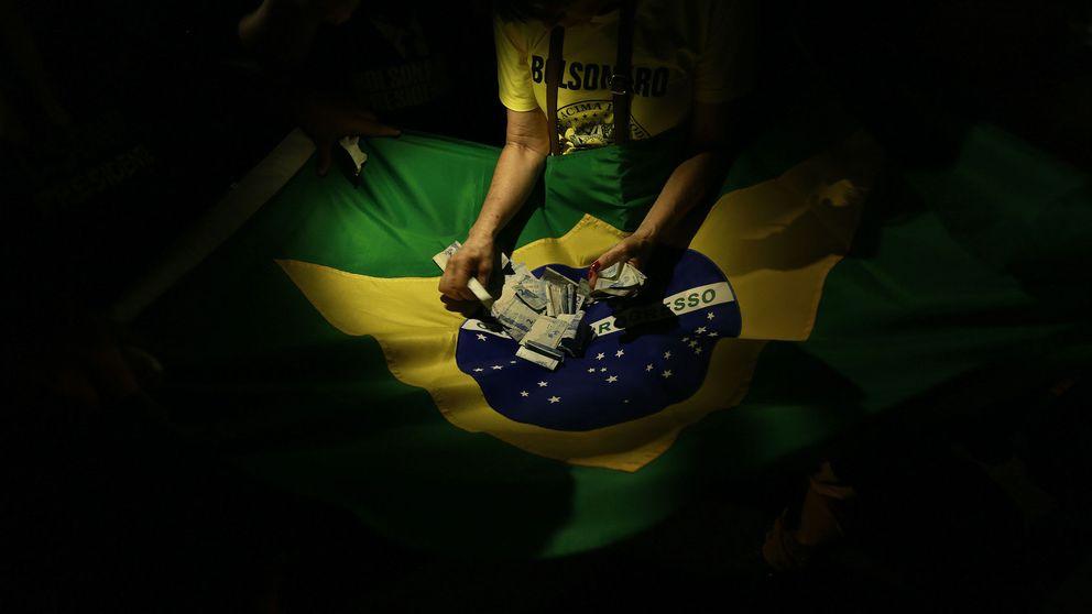 Santander y Telefónica celebran la victoria de Bolsonaro