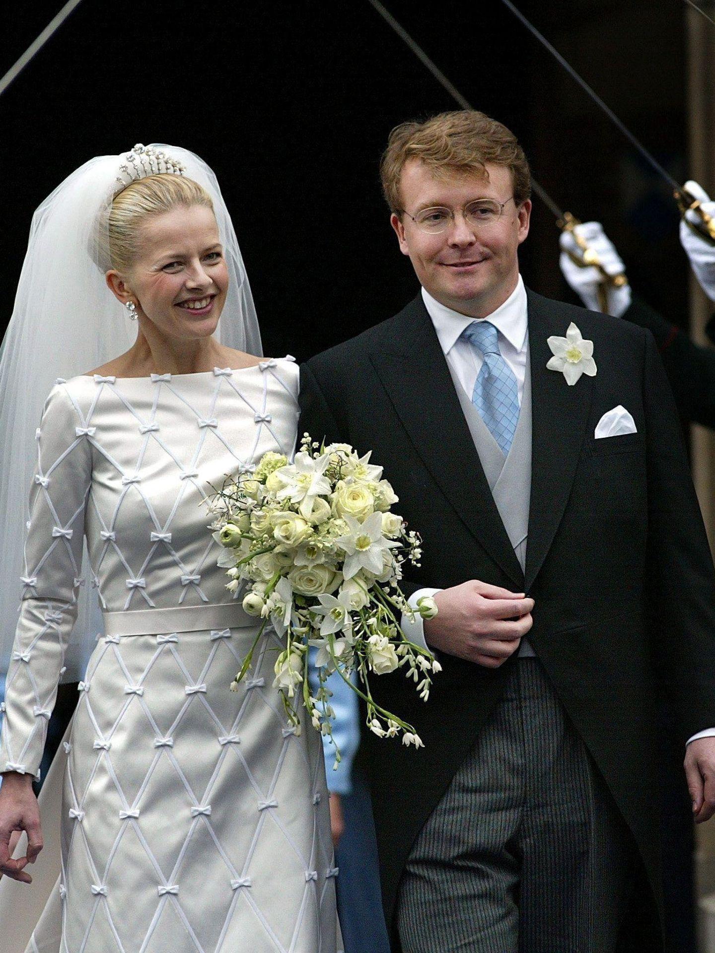 El príncipe Friso de Holanda y la princesa Mabel, el día de su boda. (EFE)