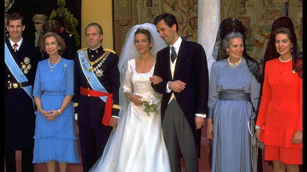 Foto: La boda de la infanta Elena y Jaime de Marichalar, en 1995. (Getty)