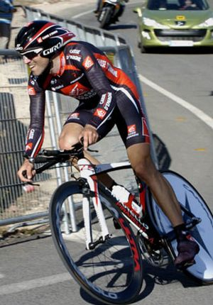 Valverde ganó la contrarreloj y es nuevo líder