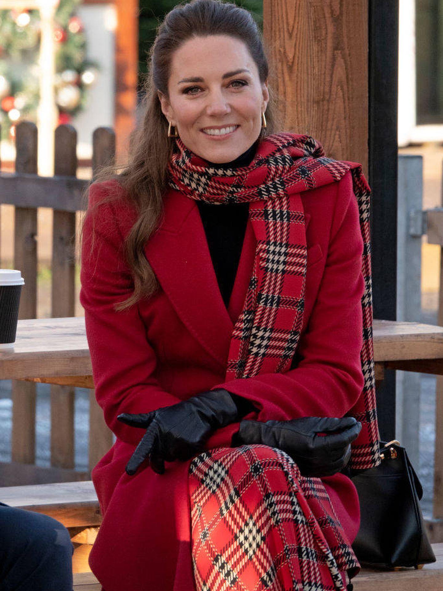 Kate, con el abrigo de Alexander McQueen. (Reuters)