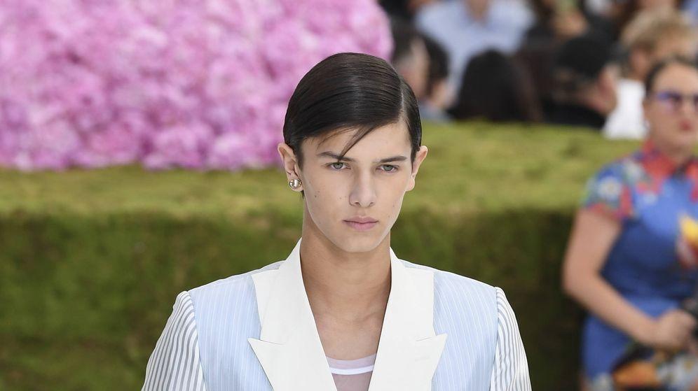 Foto: Nicolás de Dinamarca desfilando en la Paris Fashion Week. (Getty)