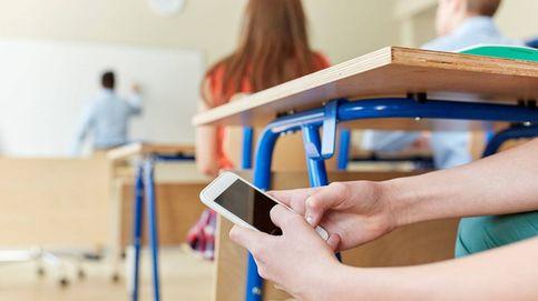 El Gobierno estudia prohibir el uso del móvil a los alumnos en centros escolares