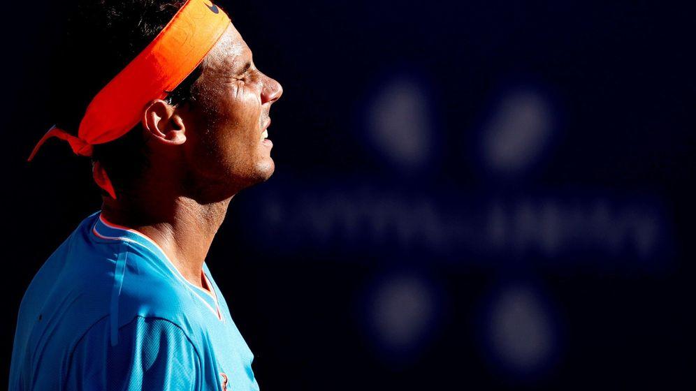 Foto: Rafa Nadal se lamenta al final del partido contra Thiem. (EFE)