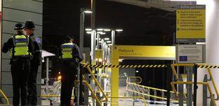 Post de La policía investiga un ataque con tres heridos en una estación de Manchester