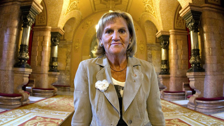 Núria de Gispert, la madrastra de Cataluña que llama 'cerdos' a sus rivales