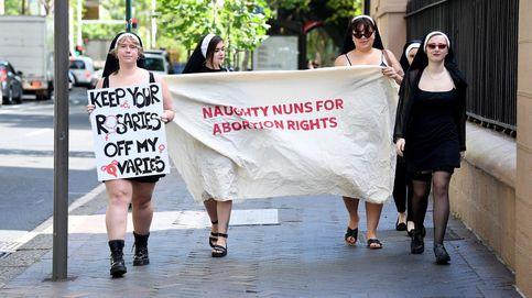 Temperaturas bajo cero en Moscú y mujeres protestan por sus derechos en Australia: el día en fotos