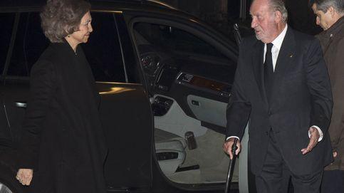 Los Reyes Don Juan Carlos y Doña Sofía vuelven a coincidir en el funeral del marqués de Asiaín