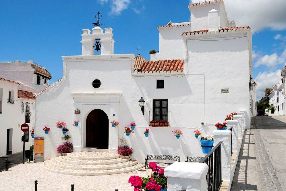 Foto: La ermita de los Remedios, un rincón encantador de los muchos que hay en este pueblo. (Foto: Turismo Mijas)