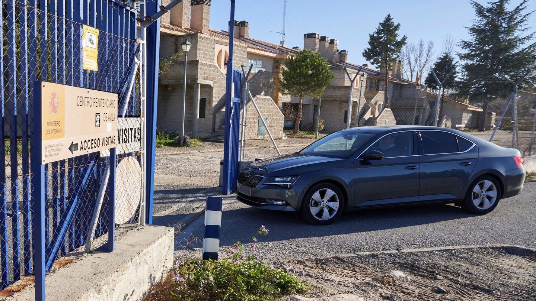 Iñaki Urdangarin llega a Brieva, en Ávila.  (EFE)