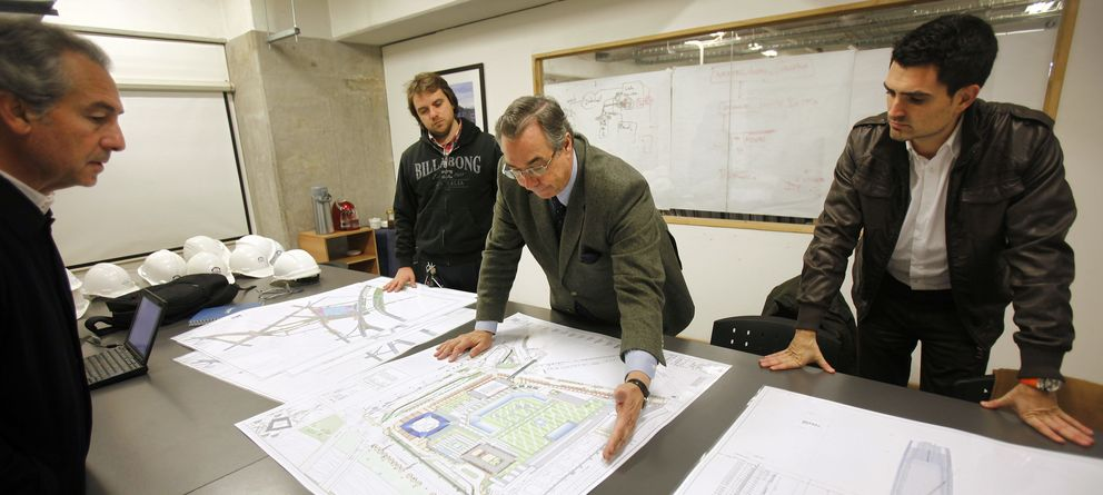 Foto: Los arquitectos son unos de los profesionales más golpeados por la crisis. (EFE)