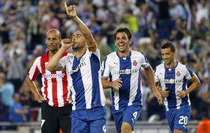 El Espanyol vence al Athletic gracias al tino de Víctor Sánchez
