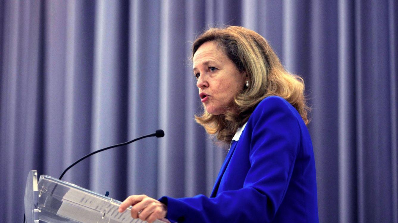 Calviño advierte de que la competencia impositiva entre CCAA debilita el sistema