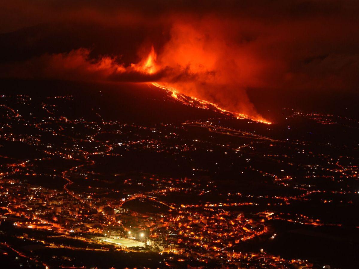 Foto: Erupción volcánica en la Cumbre Vieja de La Palma. (EFE)