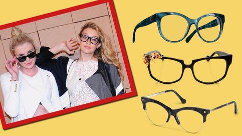 26 gafas con carácter que están a la altura de tu look de fiesta