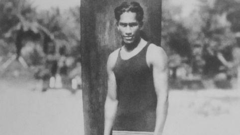 Duke Kahanamoku, 125 años del 'inventor' del surf