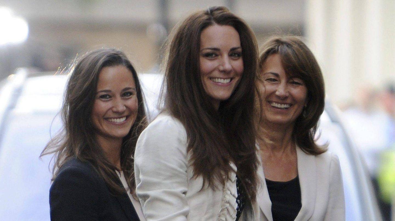 Kate, Pippa y Carole Middleton en una imagen de archivo. (EFE)
