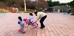 Post de Niños en los parques y autocontrol social: así se vive el confinamiento en cinco países