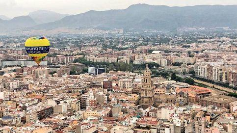 Un viaje en globo sobre Murcia aterriza de emergencia y deja tres heridos leves
