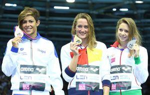 Mireia Belmonte consigue el oro en 1.500 y se desquita tras su maratón de finales