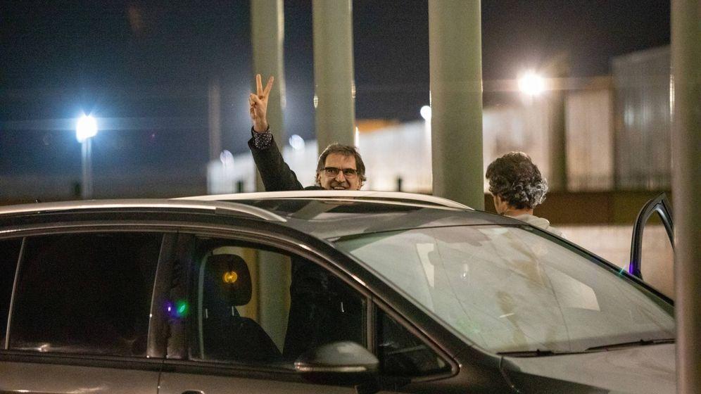 Foto: Cuixart sale de la cárcel de Lledoners por su primer permiso penitenciario. (Europa Press)