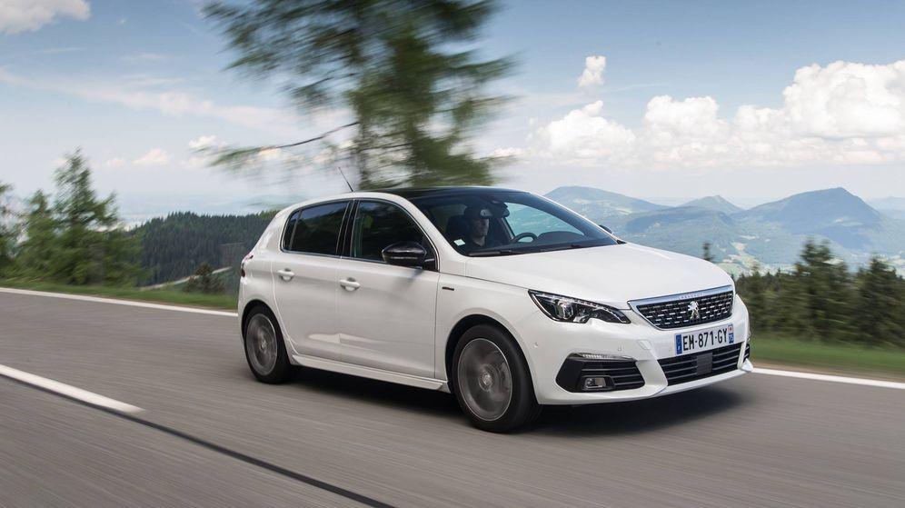 Foto: Pequeños cambios estéticos, pero lo importante son las nuevas mecánicas en los Peugeot 308.