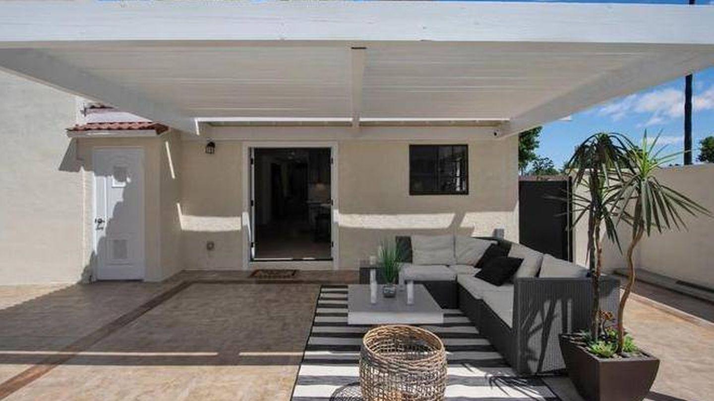 Una imagen del exterior de la casa. (Realtor.com)
