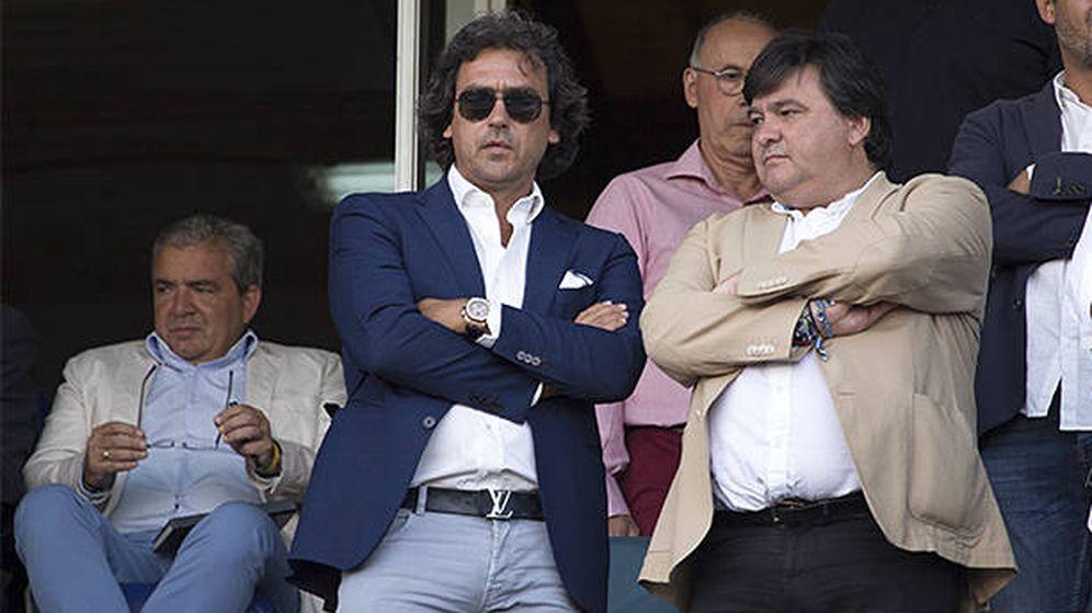 Foto: Juanma López (i) es uno de los investigados por la Audiencia Nacional. (EFE)