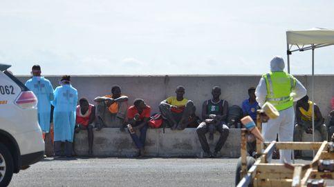 La inmigración derriba el dique erigido con corruptelas para proteger Canarias