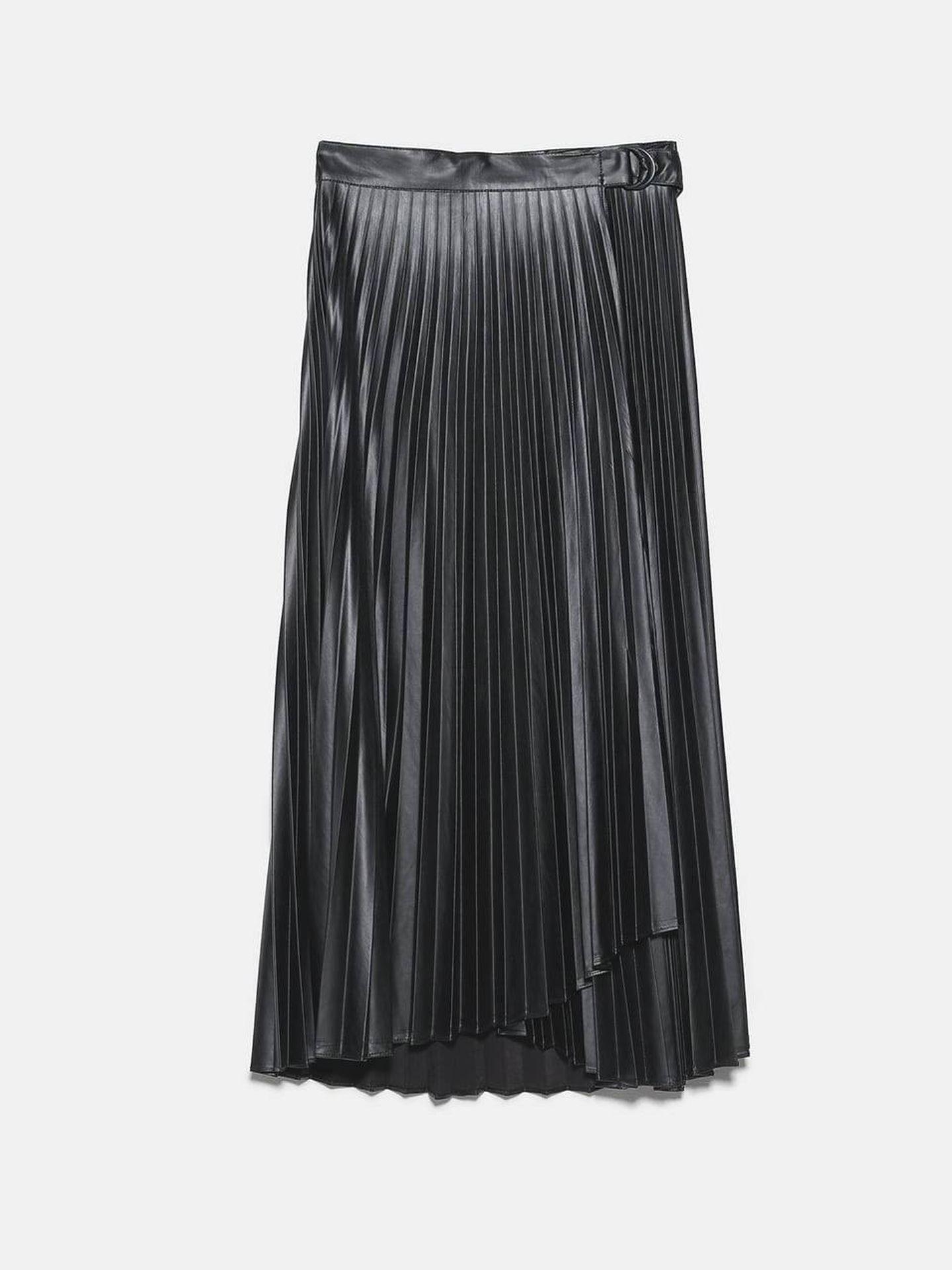 La falda plisada de Zara. (Cortesía)