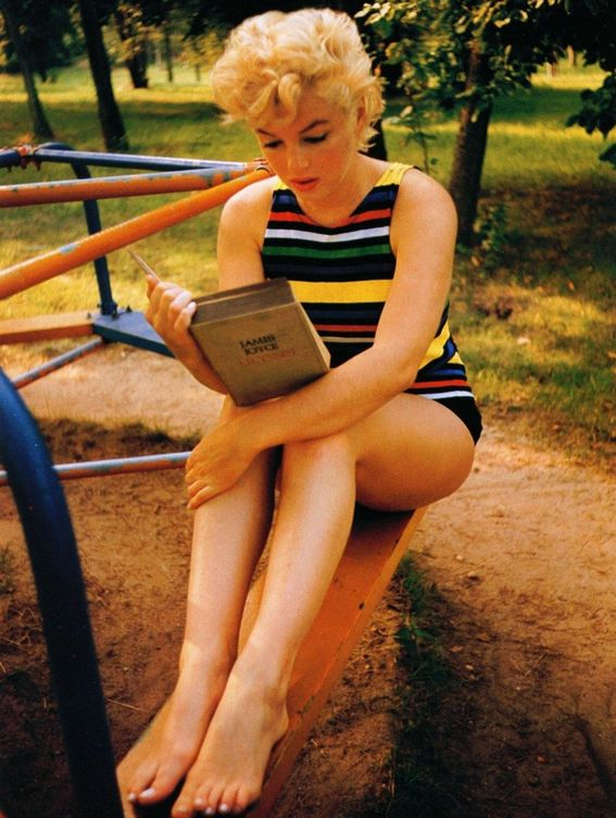 Foto: Marilyn Monroe leyendo