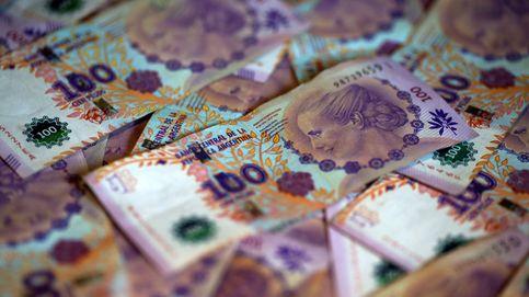 La bolsa argentina gira a la baja tras los comicios pero el peso se mantiene estable