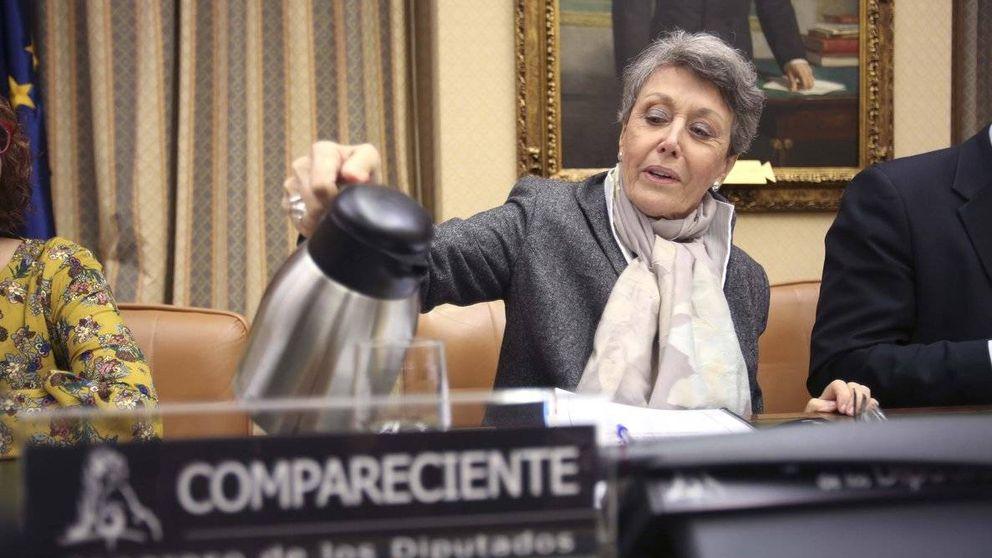 Rosa María Mateo carga contra los sindicatos por las huelgas navideñas