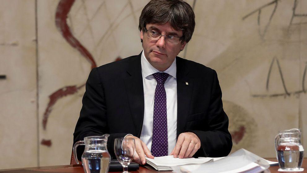 Puigdemont prepara la declaración de independencia de Cataluña para el lunes