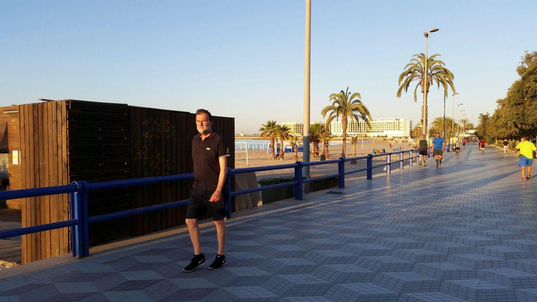 Los 'miércoles al sol' de Rajoy con los jubilados del PP y un casadista infiltrado