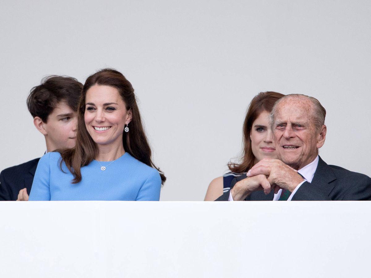Foto: La duquesa de Cambridge y el príncipe Felipe en 2016. (Getty)
