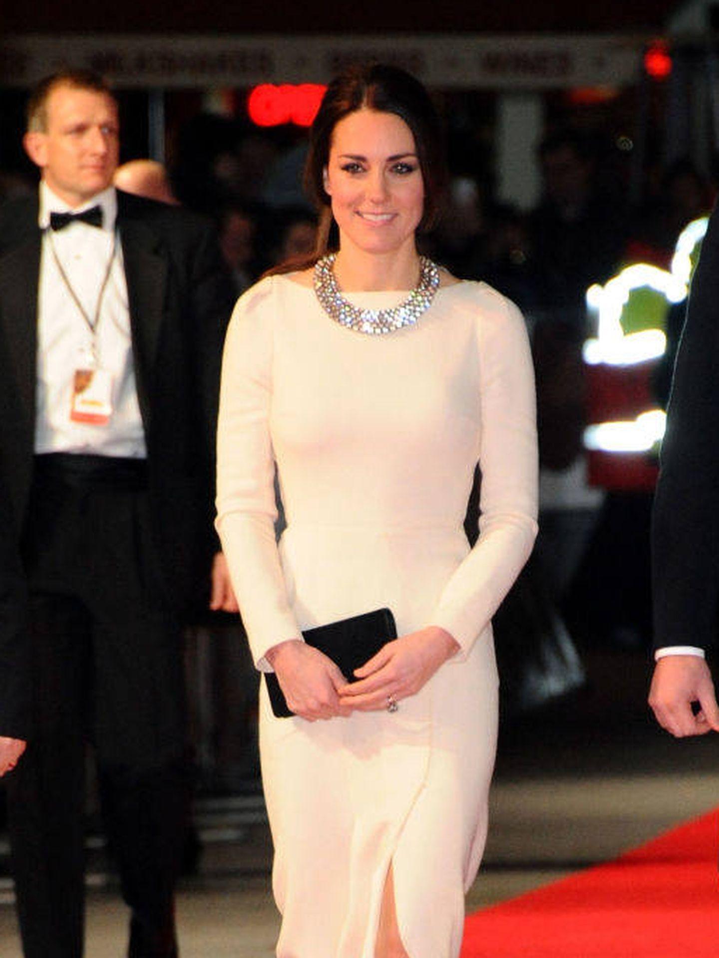 Kate Middleton, con collar de Zara. (Getty)