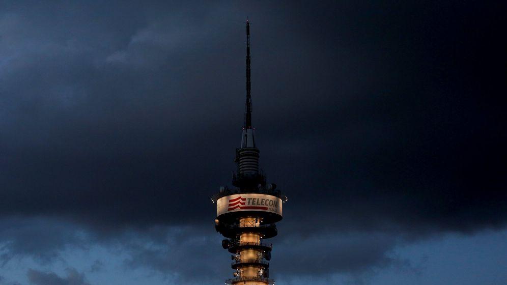 Foto: La torre de Telecom Italia ante una tormenta en Roma (Italia). (Reuters)