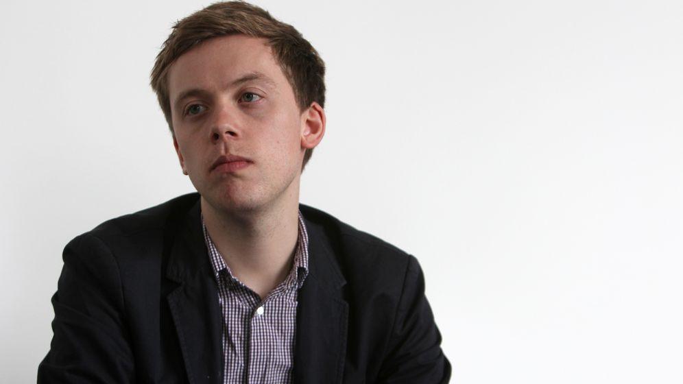 Foto: Owen Jones se ha convertido, a sus 29 años, en una de las grandes referencias de la izquierda británica. (Miguel Balbuena/Círculo de Bellas Artes)