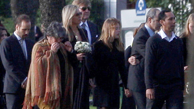 Máxima y Guillermo durante el funeral. (Gtres)