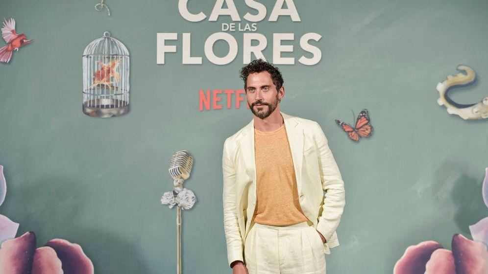 Foto: Paco León, presentando la segunda temporada de 'La casa de las flores'. (Getty)
