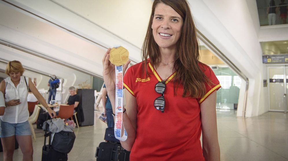 Foto: Ruth Beitia posa con su medalla (EFE)