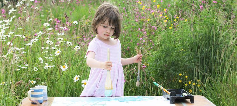 Foto: Una niña con autismo asombra al mundo del arte con su talento